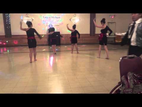 Thai/Laos Salavan Dance to Hmong Song