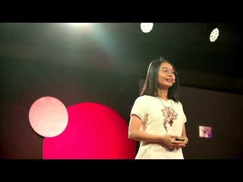 從社群數據中發現的微小文字情緒   陳宜欣 Yi Shin Chen   TEDxTaipei thumbnail