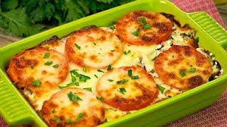 Картошечка, запеченная с мясом и помидорами под сырной шубкой - любимый ужин семьи! | Appetitno.TV
