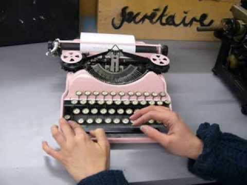 Corona 4 Pink Typewriter Demonstration