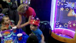 Kendall's 5th  birthday at Chuck E Cheese's :)