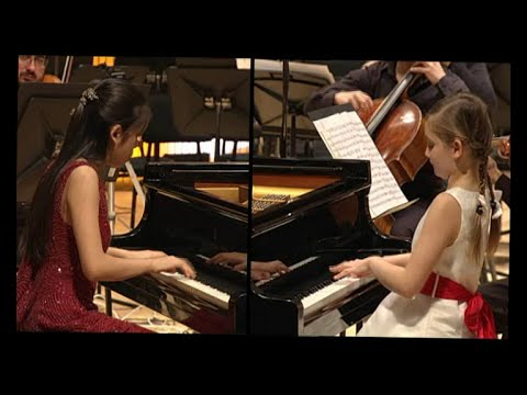 Bach Concerto for two pianos in C minor, Tanja Zhou and Alma Deutscher