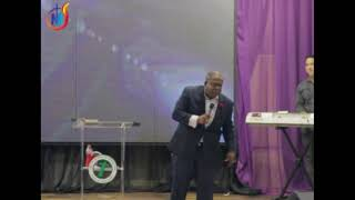 Pastor Daniel Oscar