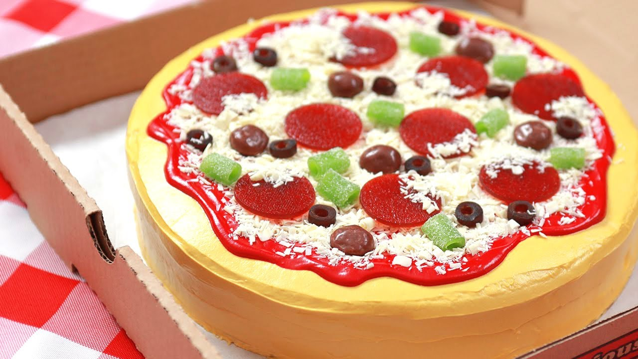 Diy Pizza Birthday Cake