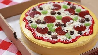 HOW TO MAKE A PIZZA CAKE - NERDY NUMMIES