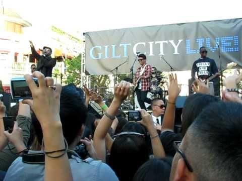 Bruno Mars - Medley (The Grove, Los Angeles) 09-17-10