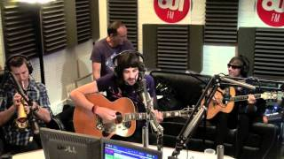 """Kasabian """"Days Are Forgotten"""" - Acoustic Session @ OUIFM"""