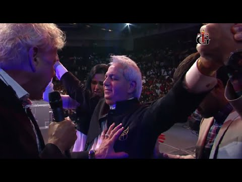 Benny Hinn - Glorious Anointing in Miami