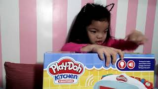 Unboxing Playdoh Magical Oven
