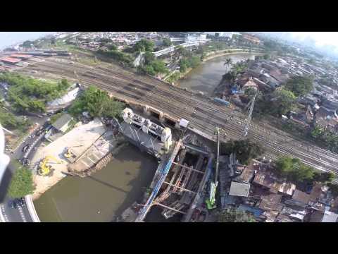 Drones + Jakarta + Water (Versi Bahasa)