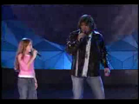 Billy Ray & Miley Ray Cyrus - Holding On To A Dream