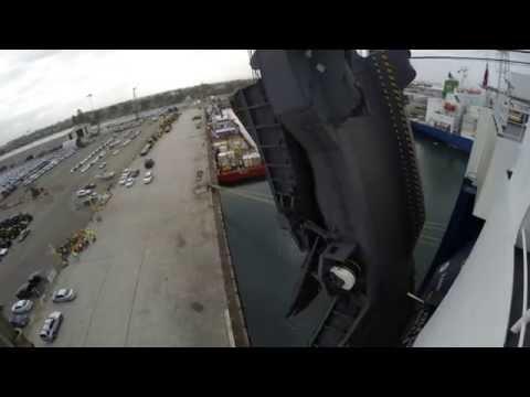 Ro-Ro car carrier. Opening stern ramp