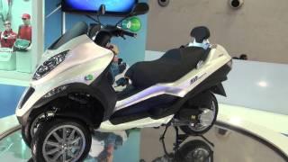 MP3 Hybrid Reverse Trike - Auto Expo 2012