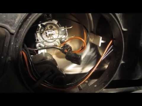 Замена лампы дальнего света на рено дастер видео