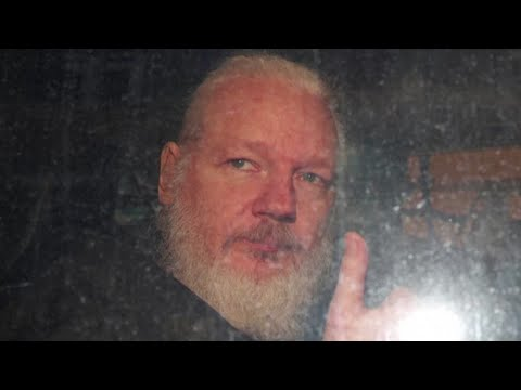 Donald Trump's Pardon List Leaves Off Julian Assange, Edward ...