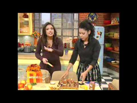 Evette Rios Of Rachael Ray's Thanksgiving Entertaining Ideas