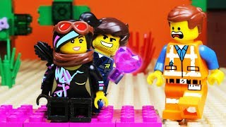 The LEGO MOVIE 2 VALENTINE'S DAY Apocalypseburg FAIL
