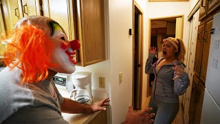 EXTREME CLOWN SCARE AT THE CLOWN COTTAGE #2021-6