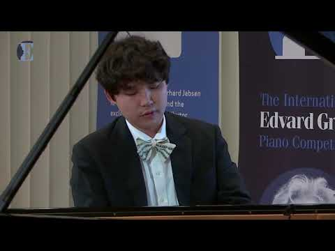 RYOMA TAKAGI: Edvard Grieg, Two Lyric Pieces from Op. 71 in Grieg Competition 2018