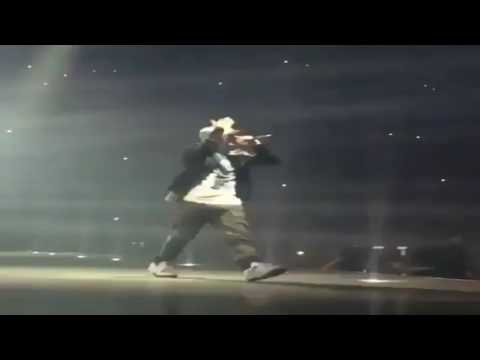 Drake Brings Out Eminem In Detroit And Calls Him The GOAT (Summer Sixteen Tour)