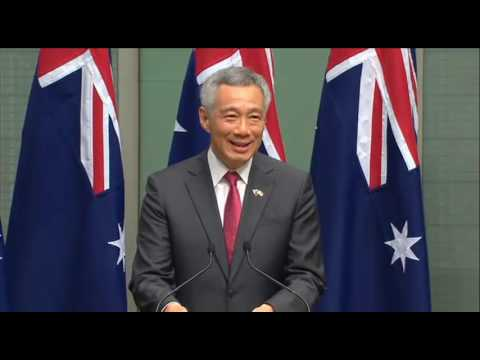 Hanging loose with Tony Abbott: Singapore PM Lee Hsien Loong recounts BBQ
