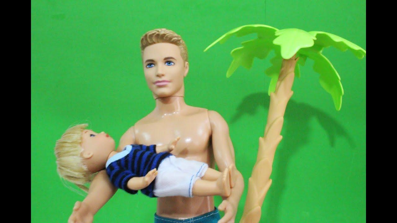 Gustavinho se afoga na piscina da barbie carol em for A piscina da barbie