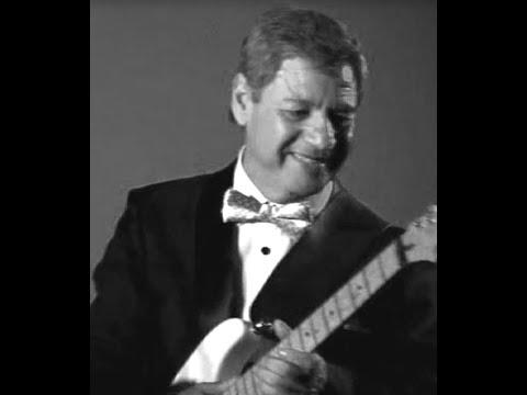 """Carlos Jara y su Guitarra Brasil y el Bossa Nova """"Wave"""""""