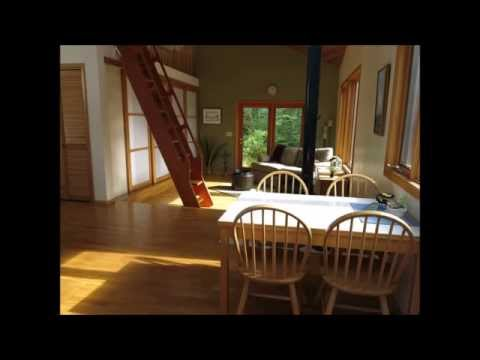 Alaska cabin with ocean frontage and 4.9 Acres of land