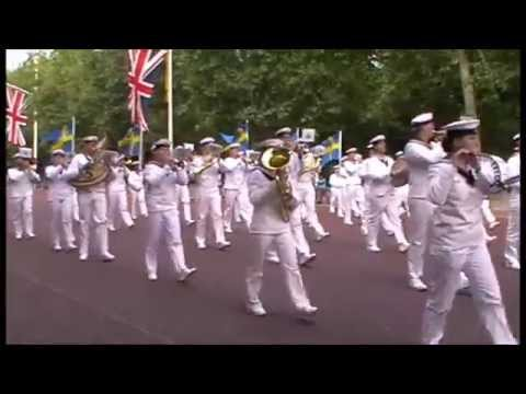 Royal Swedish Cadet Band - marching up The Mall passing by Buckingham Palace 21st of June 2015