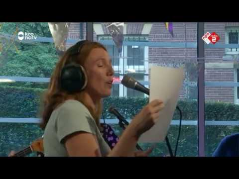 Doe Maar niet Caroline, die karaoke