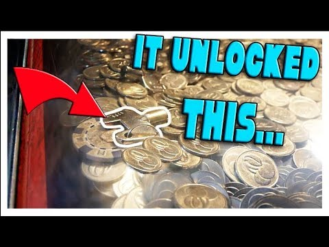 Thumbnail: WON THE MYSTERY KEY IN THE COIN PUSHER!!