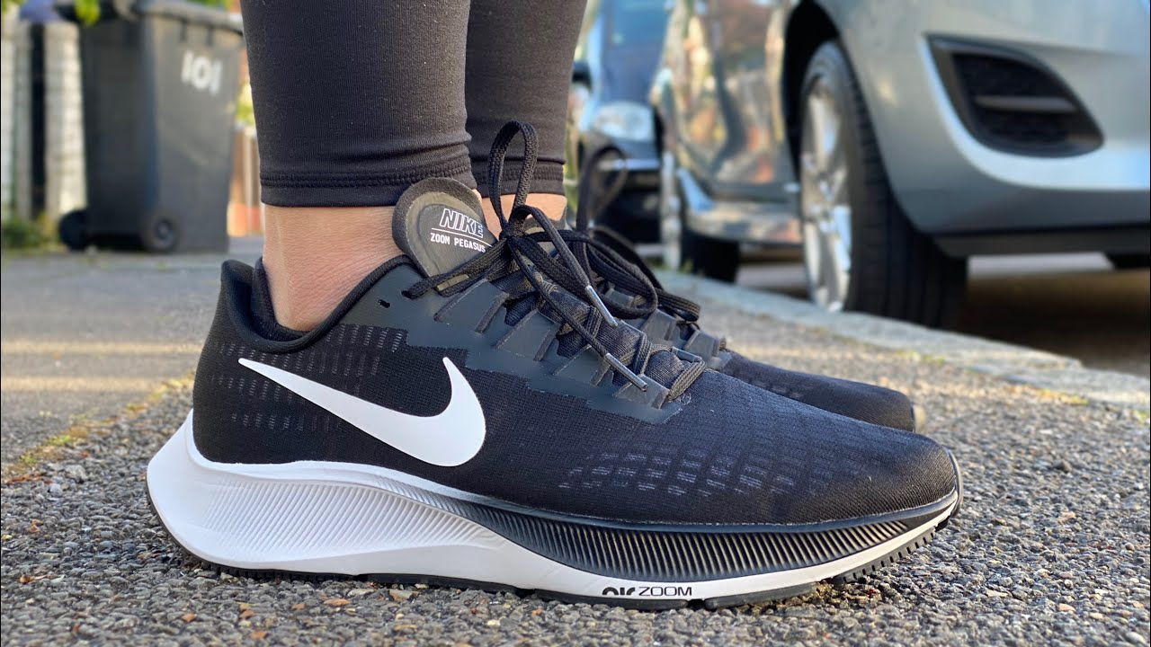 principio Descarga Del Sur  Nike Air Zoom Pegasus 37 (Black/White) - YouTube