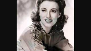 Vera Lynn-The little boy that Santa Clauds forgot +lyrics