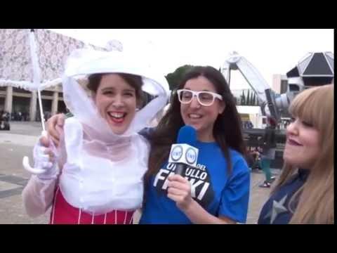 Alejandra reportera de Friki Masters en TNT