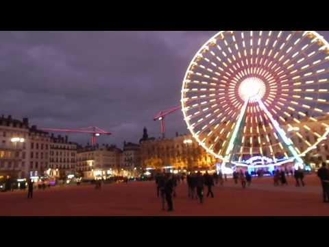 Place Bellecour à Lyon ( Novembre 2015 )