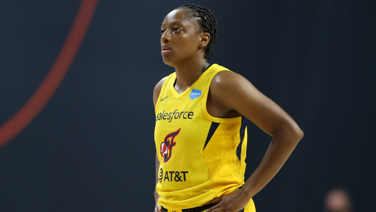 Kelsey Mitchell Erupts For 29 PTS (August 9, 2020) - YouTube