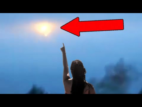 Baffling Video Of A UFO Creating A Trail! 5 Cases of Unexplained Activity