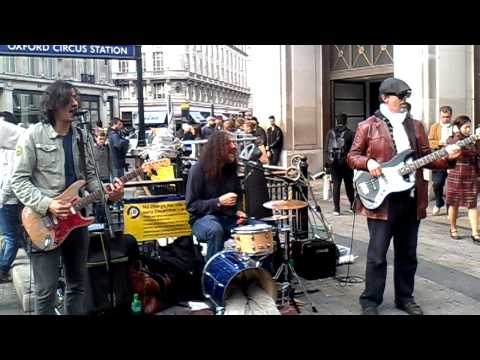 Oxford, street music