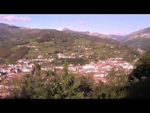 Laviana vista desde el monte.