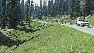 Туристы не приехали в Кашмир из-за наводнений (новости)(http://ntdtv.ru/ Туристы не приехали в Кашмир из-за наводнений. Сфера туризма в Индии терпит убытки из-за стихии...., 2014-09-22T07:07:27.000Z)