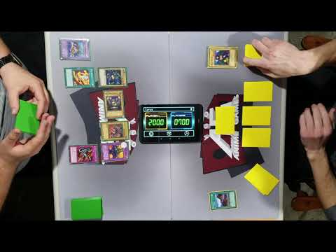 Mai VS Joey Duelist Kingdom Character Deck Duel |