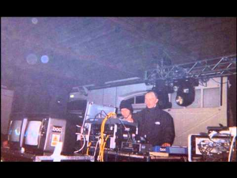 Boards of Canada - In a Beautiful Place Out in the Country Live @ Lighthouse