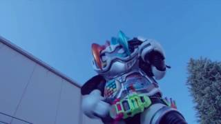 Kamen Rider Ex Aid vs Kamen Rider Amazon