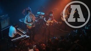 Twin Peaks - Getting Better - Live From Lincoln Hall