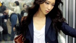 テーマは「卒業」。中学卒業してから夏に卒業旅行で京都に行った杏さん...