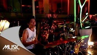 Download lagu Slank - Kalau kau Ingin Jadi Pacarku - Exclusive Youtube (Live at Music Everywhere) *