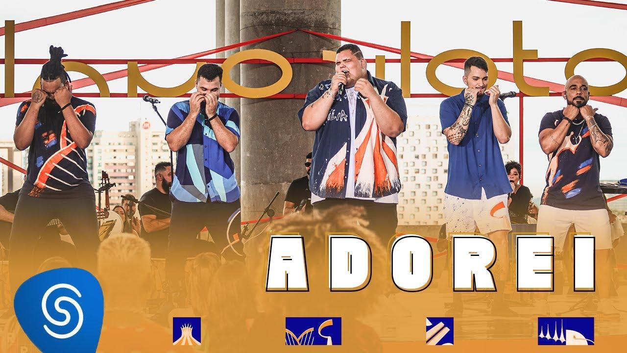 Grupo Menos é Mais - Adorei - EP Plano Piloto (Clipe Oficial)