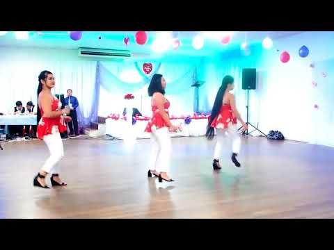 Australia - FNQ Hmong Women Line dance Valentine Party - Niam Tsev hmoob toj siab 2