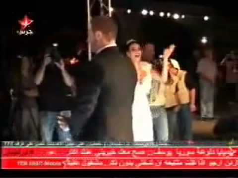 744ffc7fd1402 مصريانو فضيحة سيرين عبد النور فى زفافها عريسها يجردها من ملابسها الداخلية  فيديو