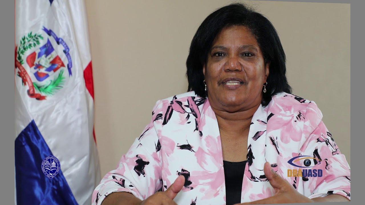Construyamos la Ciudad Universitaria en Neyba. Melania Salvador de Jiménez  (Senadora Bahoruco) - YouTube